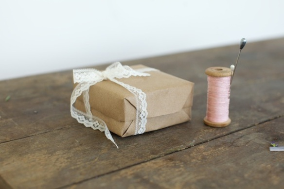 Will-You-Be-My-Bridesmaid-ribbon-DIY-idea-8